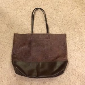 Banana republic Marcella tote with magnetic clasp